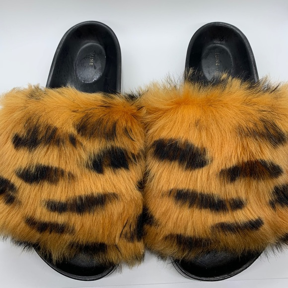 Phoebe Philo Céline Furry Slides